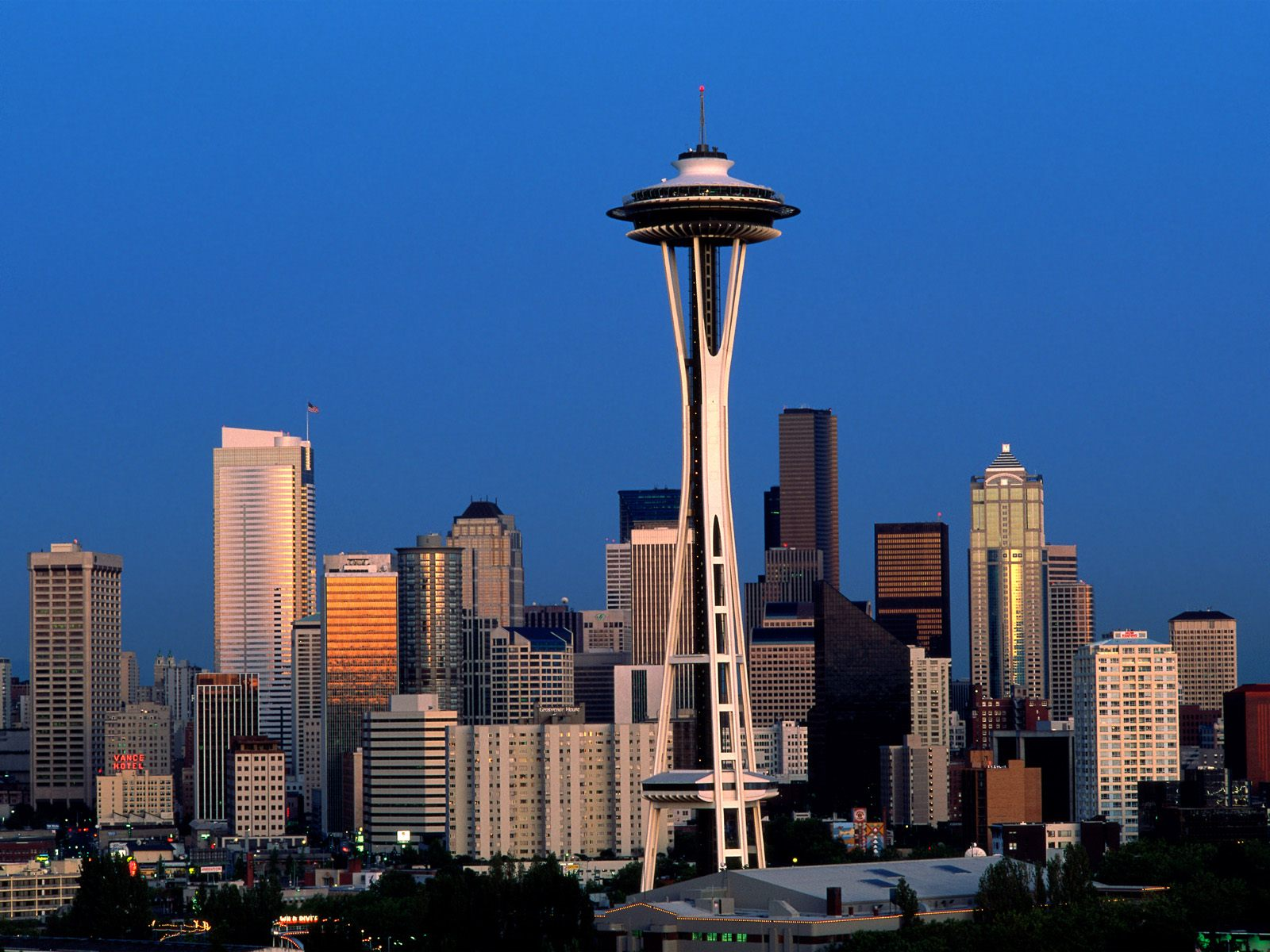 Seattle,_Washington_-_Space_Needle