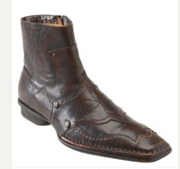 Lounge by Mark Nason available from Nordstrom, $180