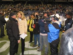 alex onField Mother of 3 and NFL Reporter Alex Flanagan Tells Breezy Mama How to Make Football Fabulous