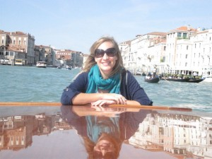 Van in watertaxi in Venice 300x225 Cant Miss Styles for Your Little Girl