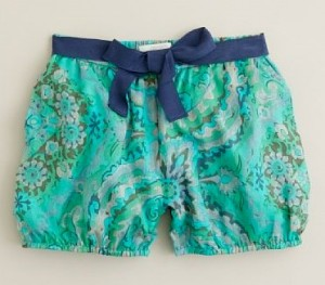 bubble short1 300x263 Cant Miss Styles for Your Little Girl
