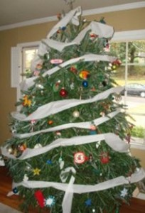xmastree 204x300 Elf on the Shelf: New Ideas for an Old Trick