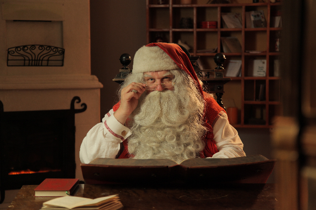 IMG 4263 Sponsored: How to Create a Video Message From Santa