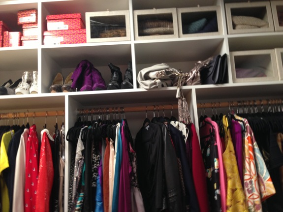 I love how realistic her set closet looks!